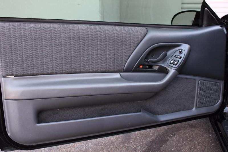 Used-1999-Chevrolet-Camaro-Z28-SS-SLP-T-Top-Car-34,267-Miles-Audi