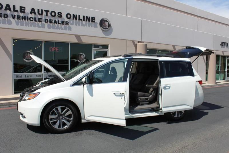 Used-2015-Honda-Odyssey-Touring-Elite-1-Owner-Used-car-deals-Lake-County-IL