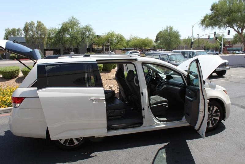 Used-2015-Honda-Odyssey-Touring-Elite-1-Owner-for-sale-in-IL