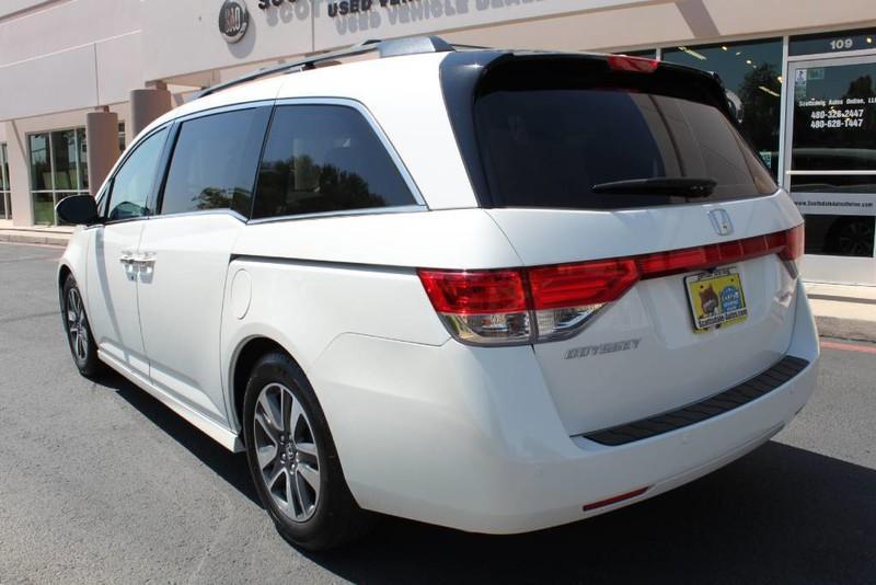 Used-2015-Honda-Odyssey-Touring-Elite-Mopar