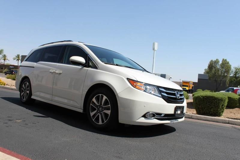 Used-2015-Honda-Odyssey-Touring-Elite-1-Owner-New-Honda-IL