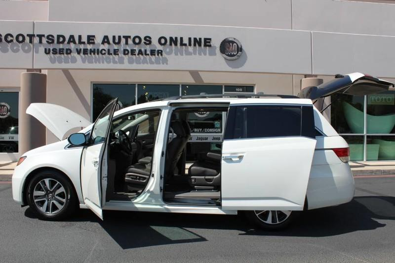 Used-2015-Honda-Odyssey-Touring-Elite-Jeep