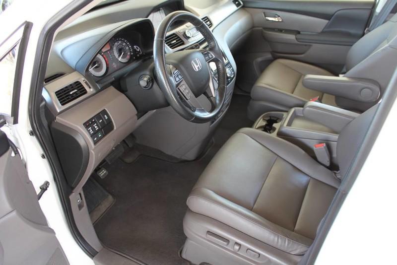 Used-2015-Honda-Odyssey-Touring-Elite-1-Owner-Chevrolet-Dealer-Vernon-Hills