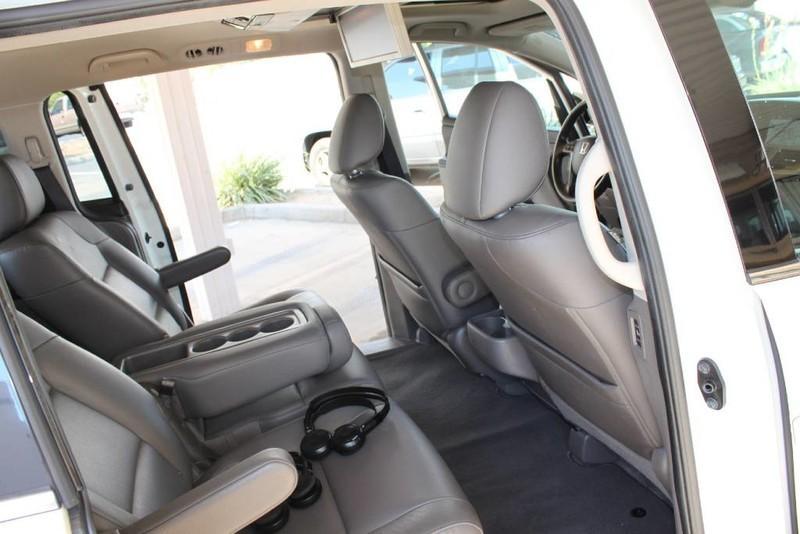 Used-2015-Honda-Odyssey-Touring-Elite-Mercedes-Benz