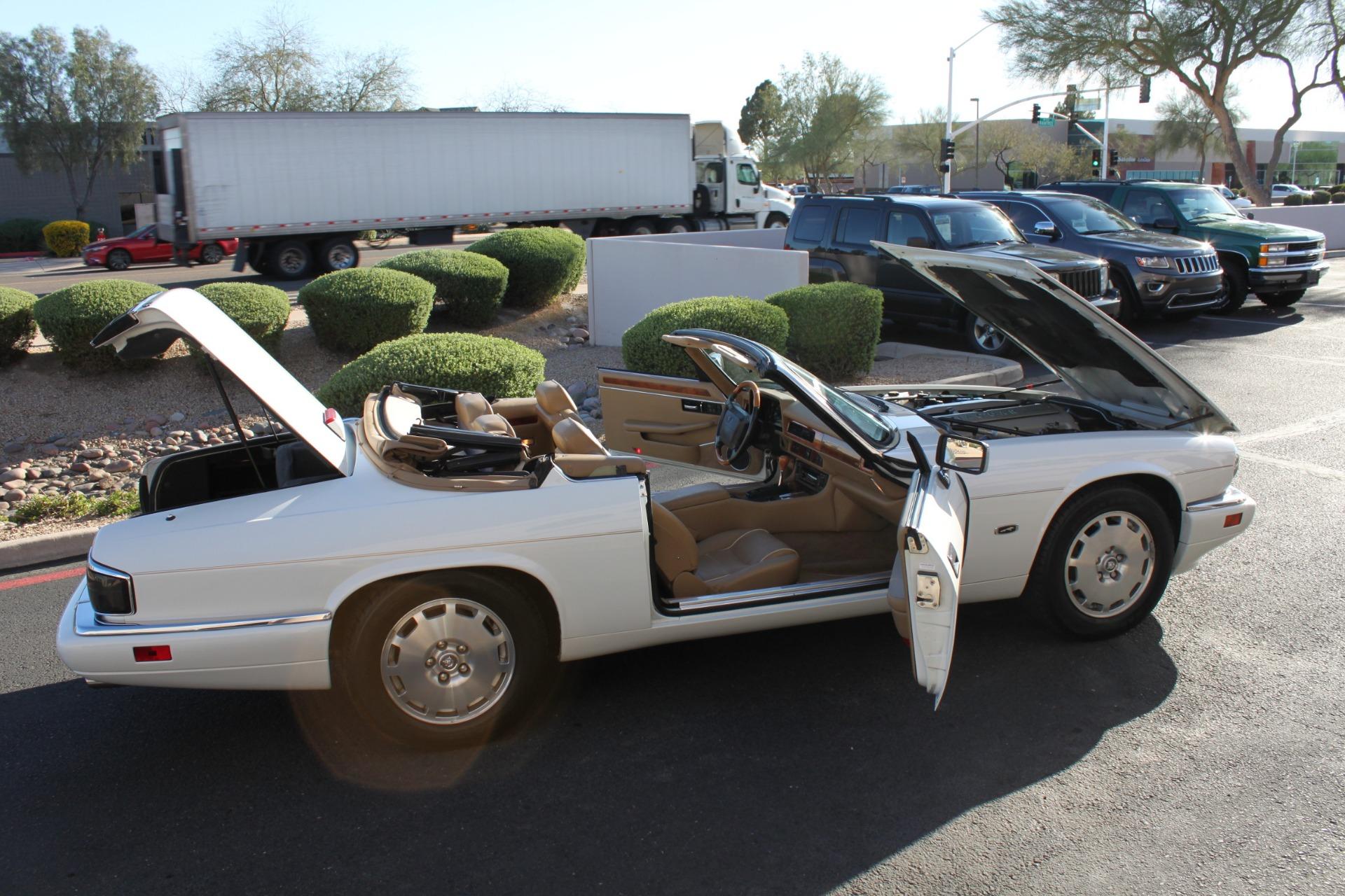 Used-1996-Jaguar-XJS-Convertible-Toyota