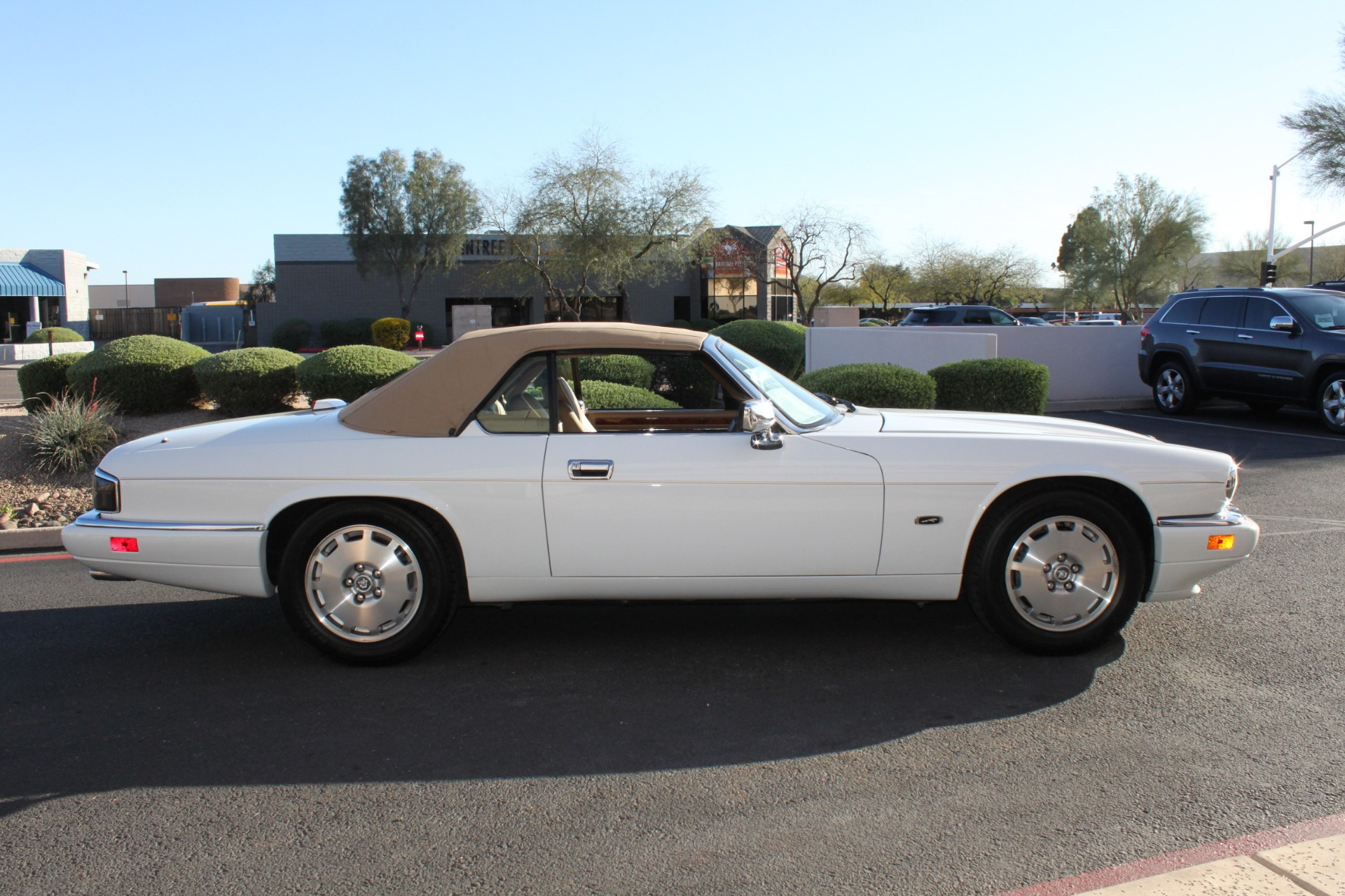 Used-1996-Jaguar-XJS-Convertible-Honda