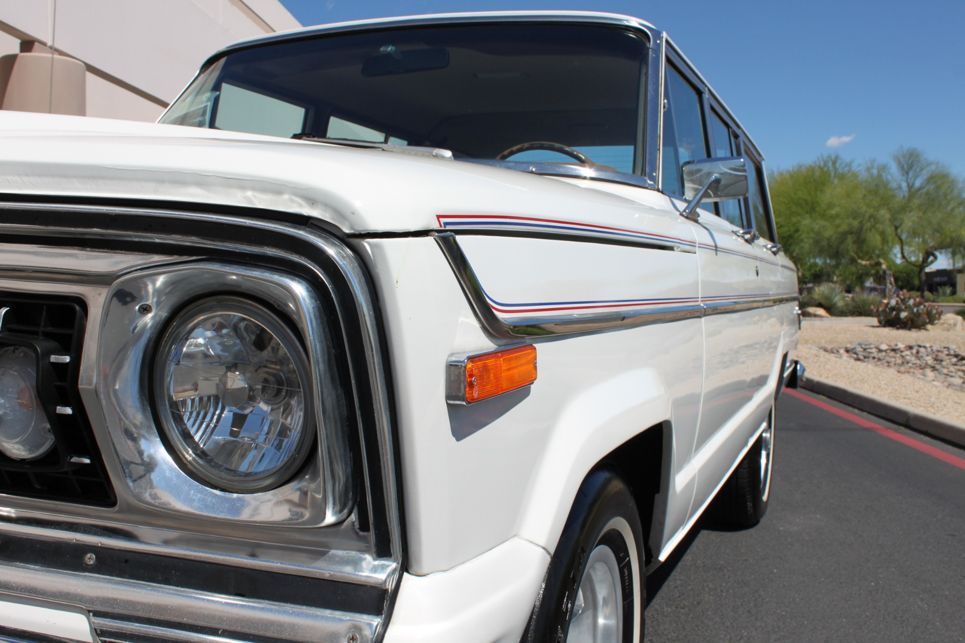 Used-1977-Jeep-Wagoneer-Custom-Fuel-Injected-66-Liter-401-Camaro