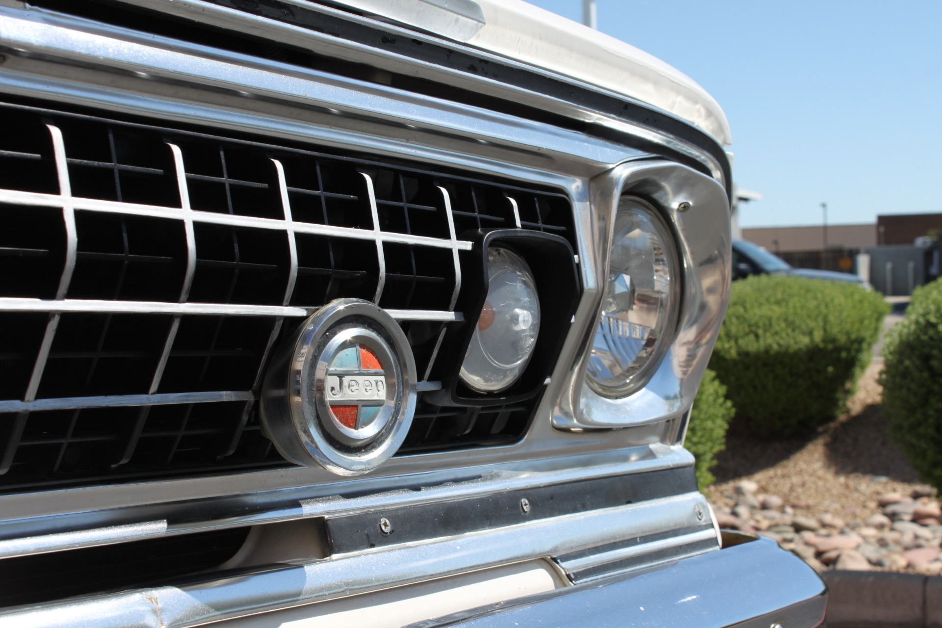 Used-1977-Jeep-Wagoneer-Custom-Fuel-Injected-66-Liter-401-Dodge