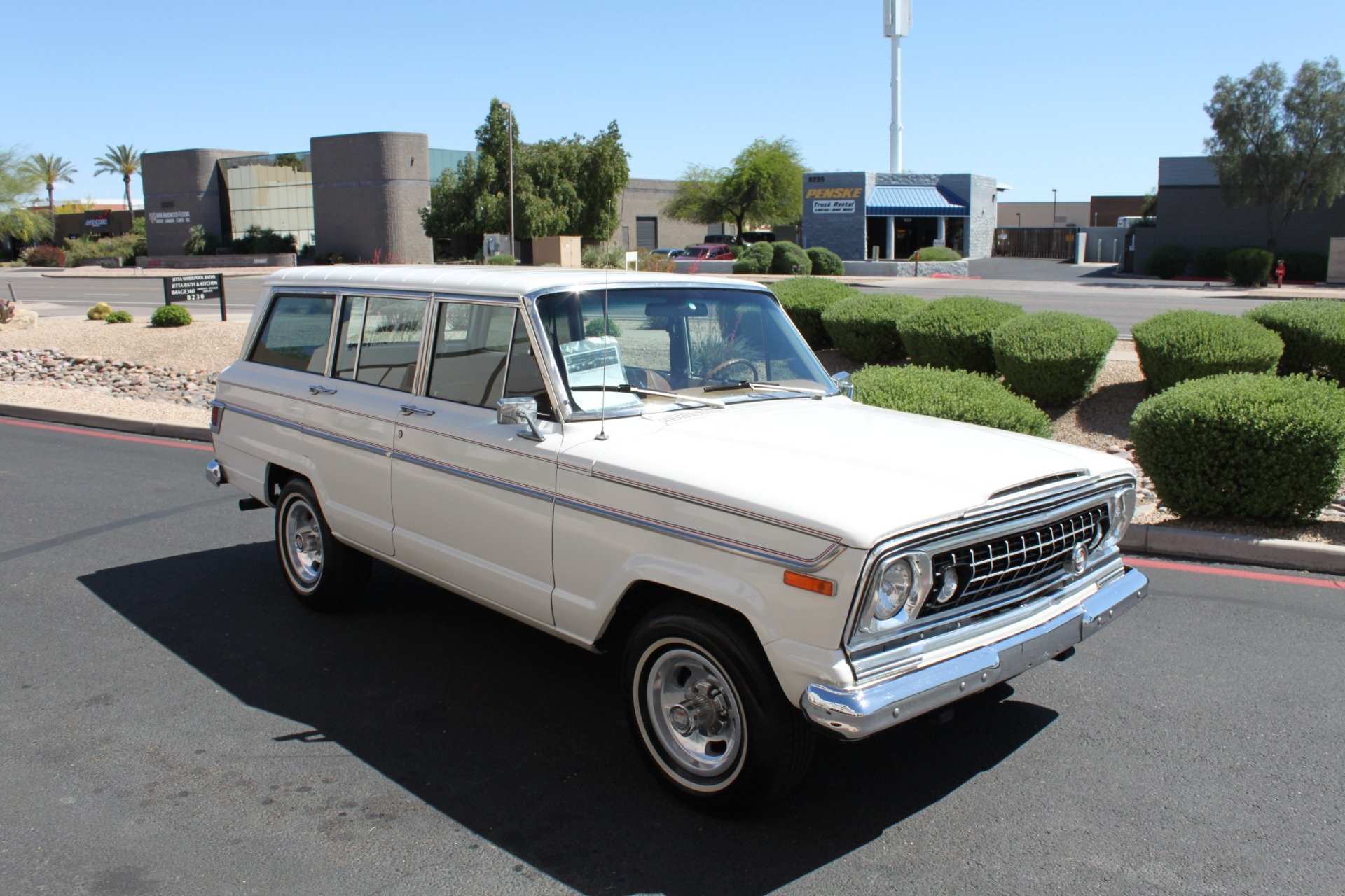 Used-1977-Jeep-Wagoneer-Custom-Fuel-Injected-66-Liter-401-LS400