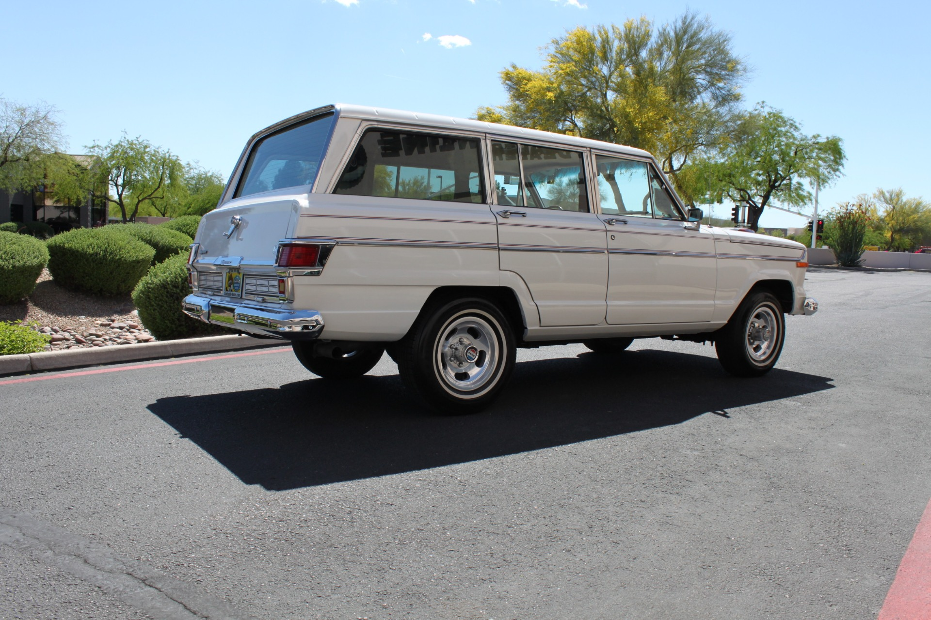 Used-1977-Jeep-Wagoneer-Custom-Fuel-Injected-66-Liter-401-Land-Cruiser