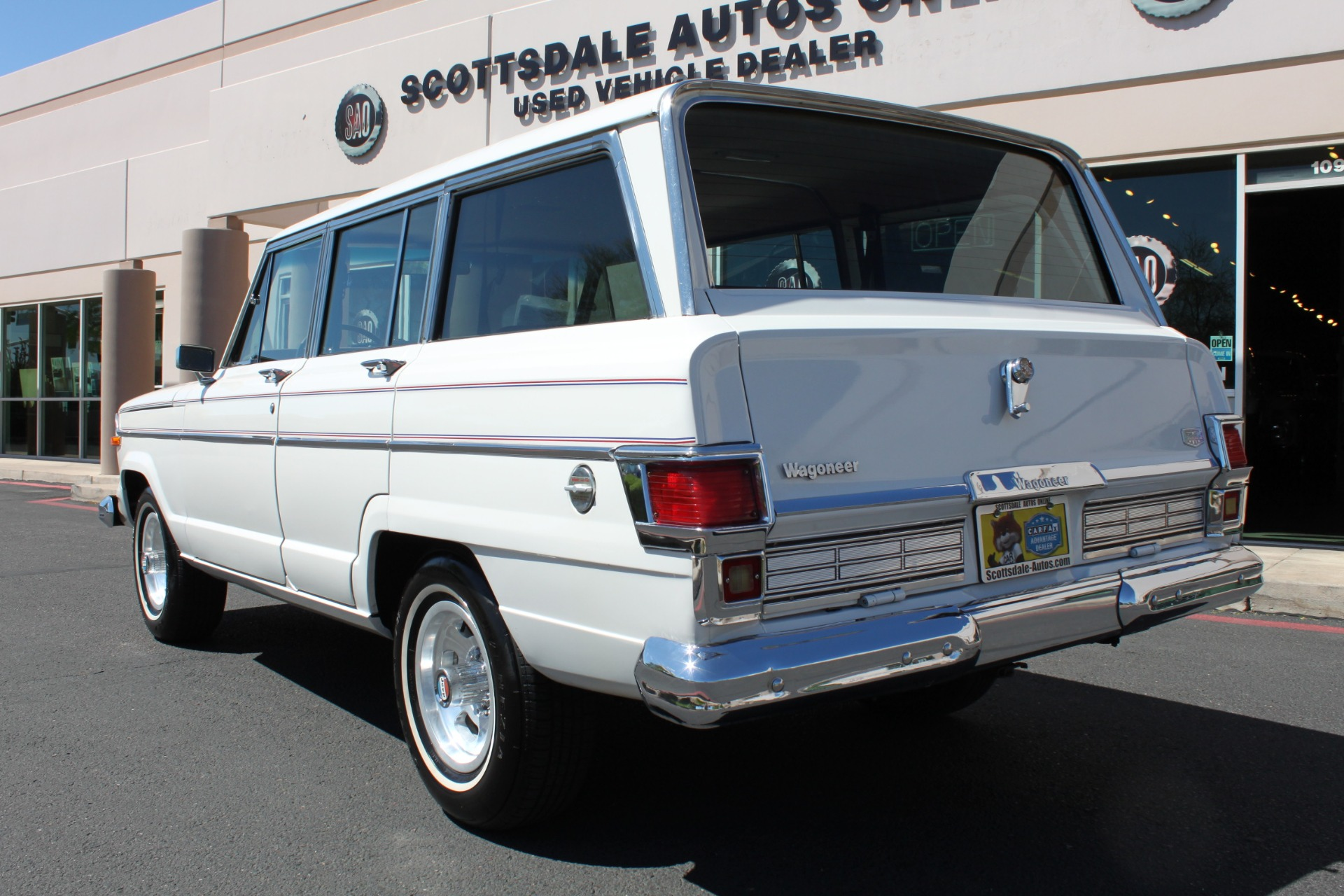 Used-1977-Jeep-Wagoneer-Custom-Fuel-Injected-66-Liter-401-Grand-Wagoneer