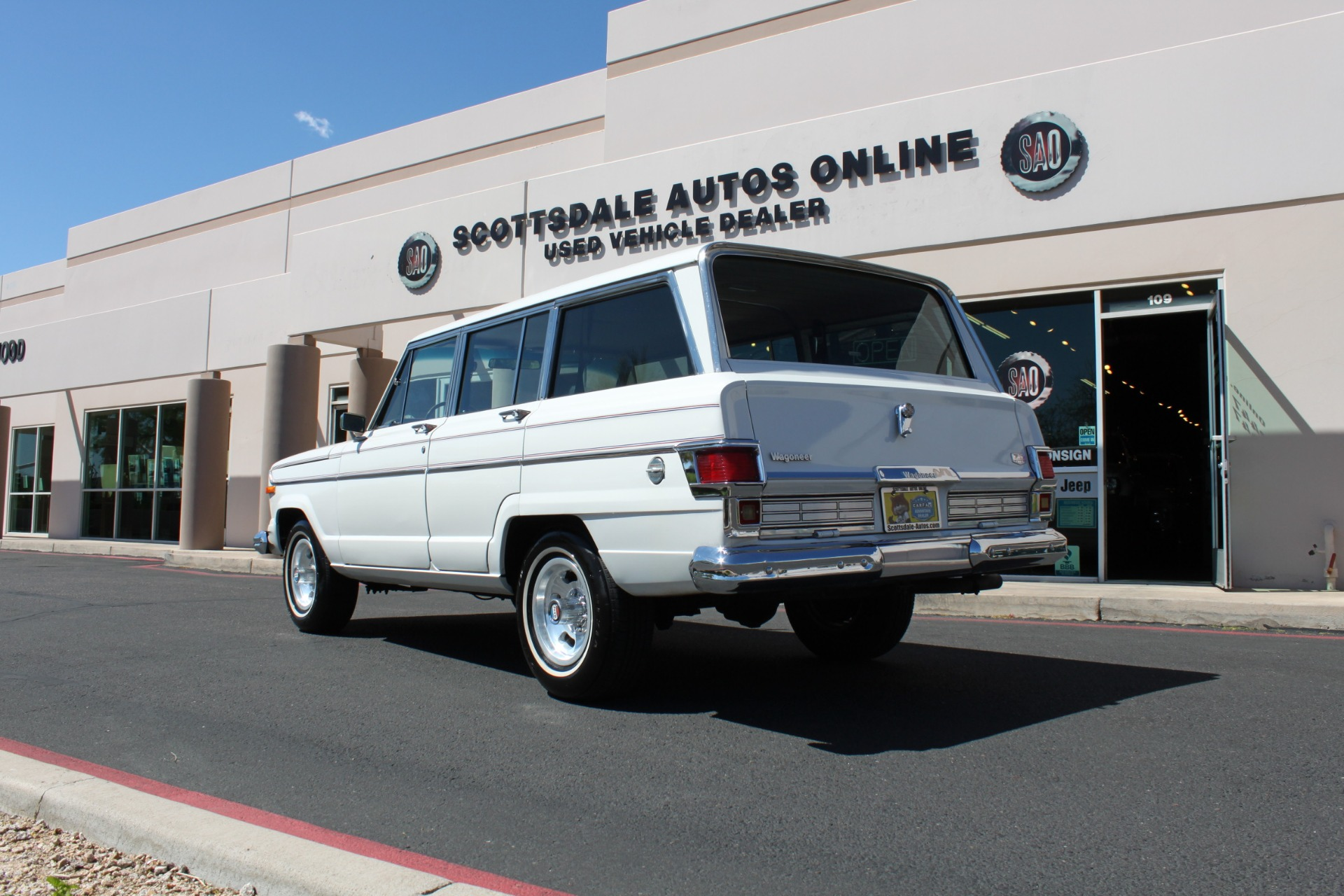 Used-1977-Jeep-Wagoneer-Custom-Fuel-Injected-66-Liter-401-Ford