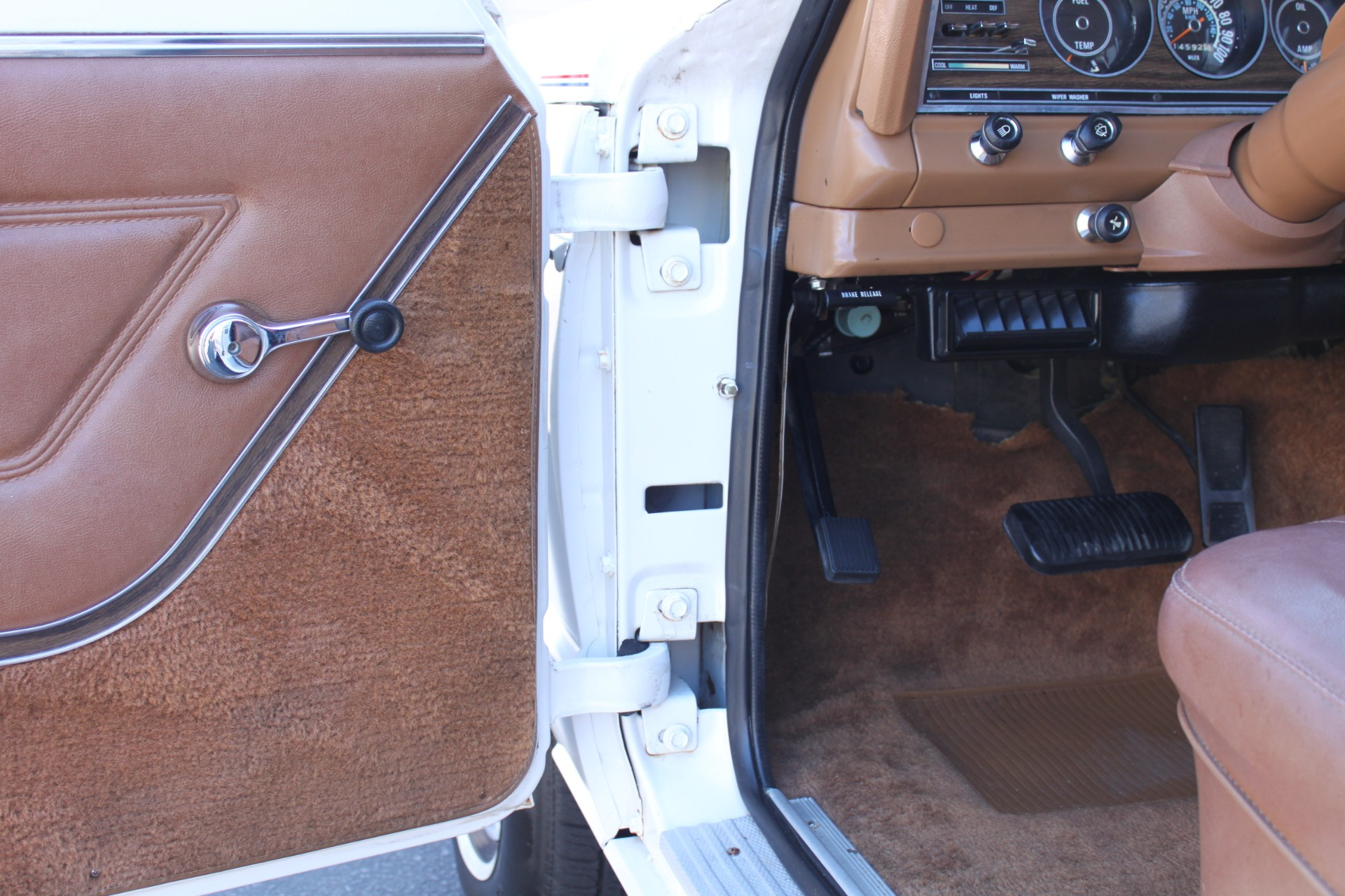 Used-1977-Jeep-Wagoneer-Custom-Fuel-Injected-66-Liter-401-Lincoln