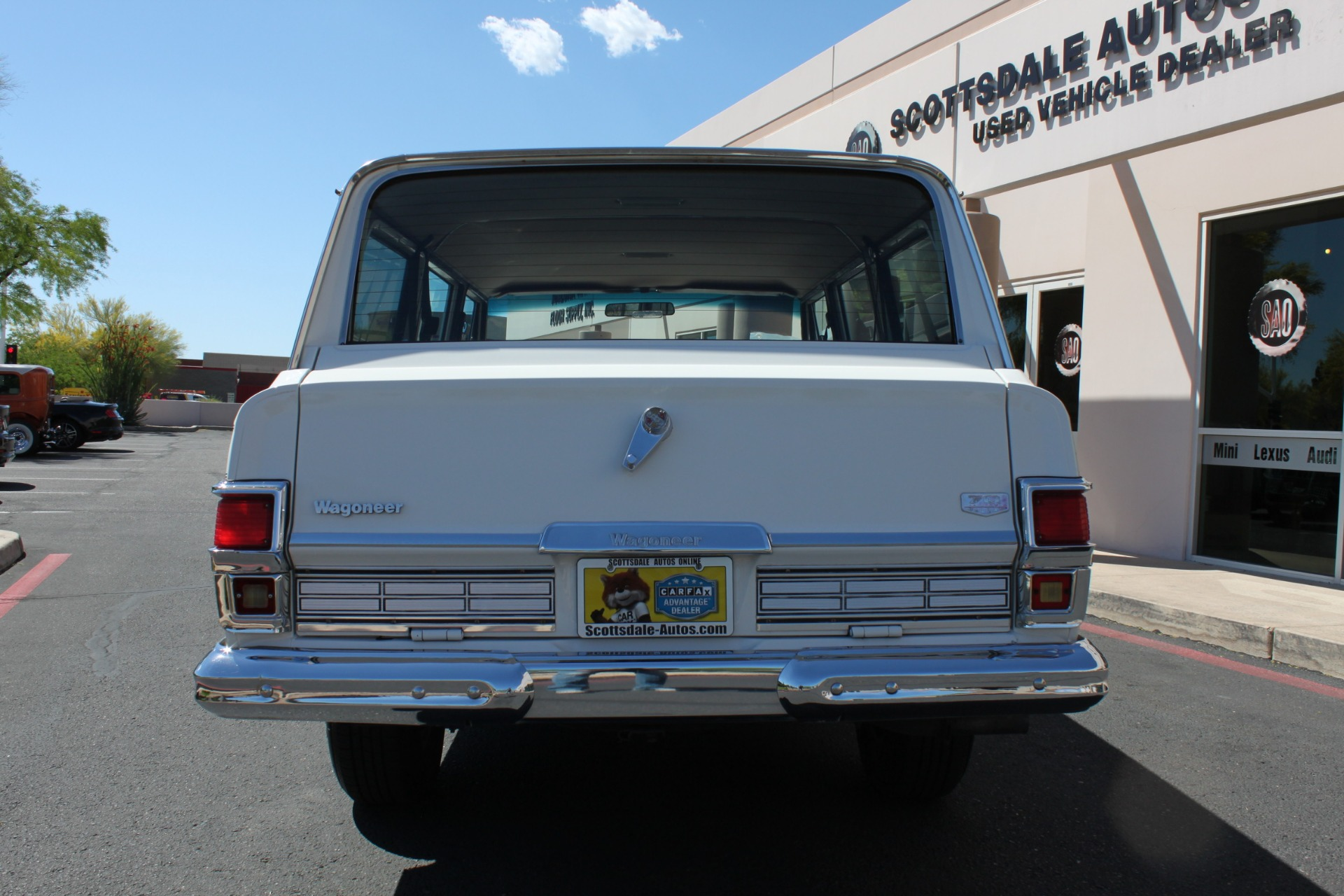 Used-1977-Jeep-Wagoneer-Custom-Fuel-Injected-66-Liter-401-Mopar