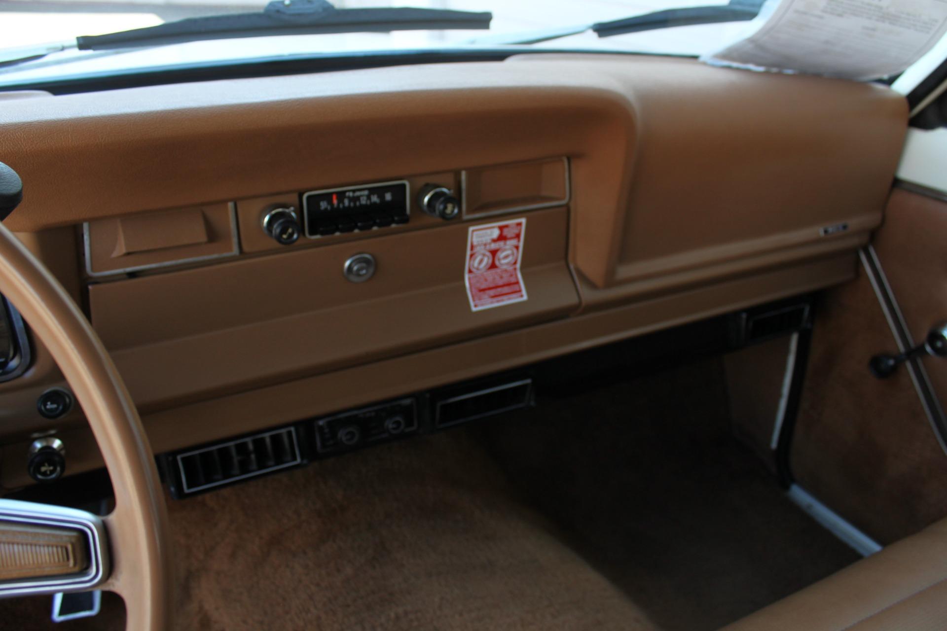 Used-1977-Jeep-Wagoneer-Custom-Fuel-Injected-66-Liter-401-Porsche