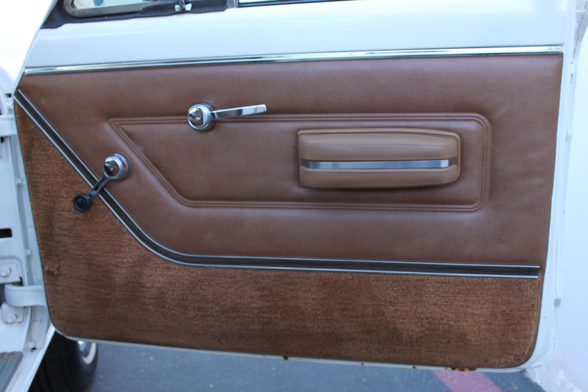 Used-1977-Jeep-Wagoneer-Custom-Fuel-Injected-66-Liter-401-BMW