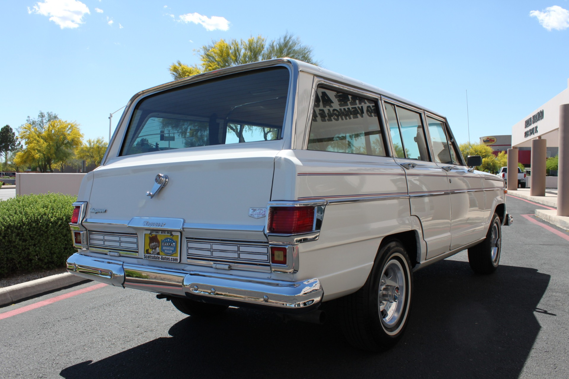 Used-1977-Jeep-Wagoneer-Custom-Fuel-Injected-66-Liter-401-Classic