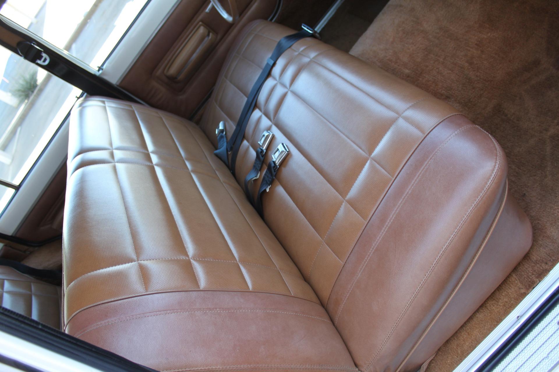 Used-1977-Jeep-Wagoneer-Custom-Fuel-Injected-66-Liter-401-Wrangler