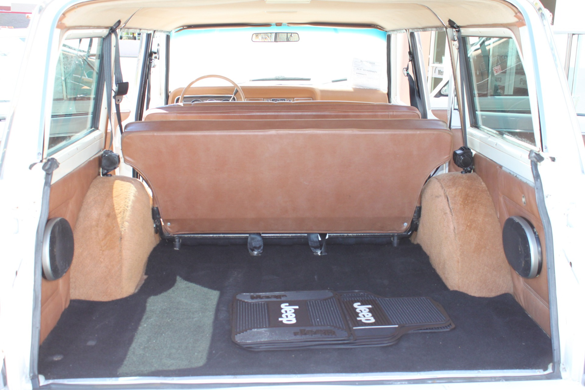 Used-1977-Jeep-Wagoneer-Custom-Fuel-Injected-66-Liter-401-Chevrolet
