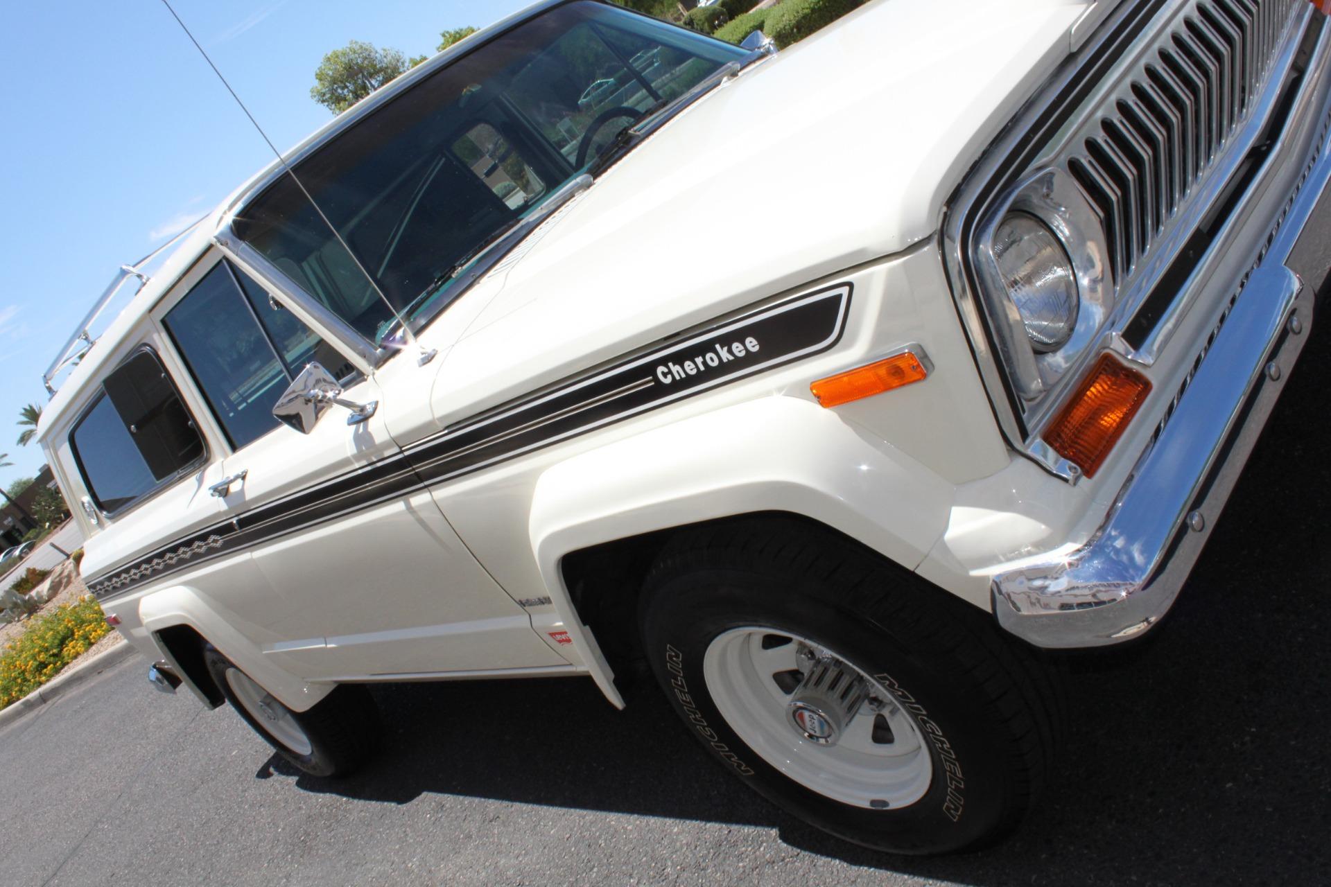 Used-1977-Jeep-Cherokee-S-Widetrack-4X4-401-V8-4X4