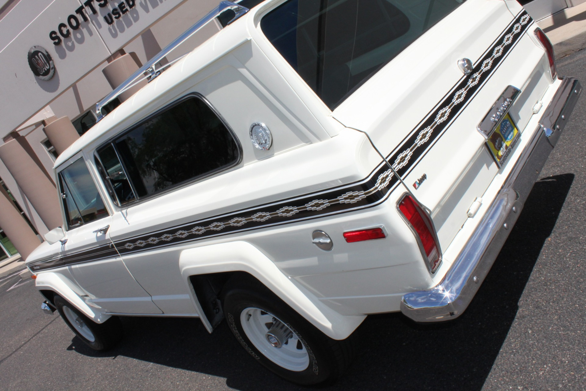 Used-1977-Jeep-Cherokee-S-Widetrack-4X4-401-V8-Audi