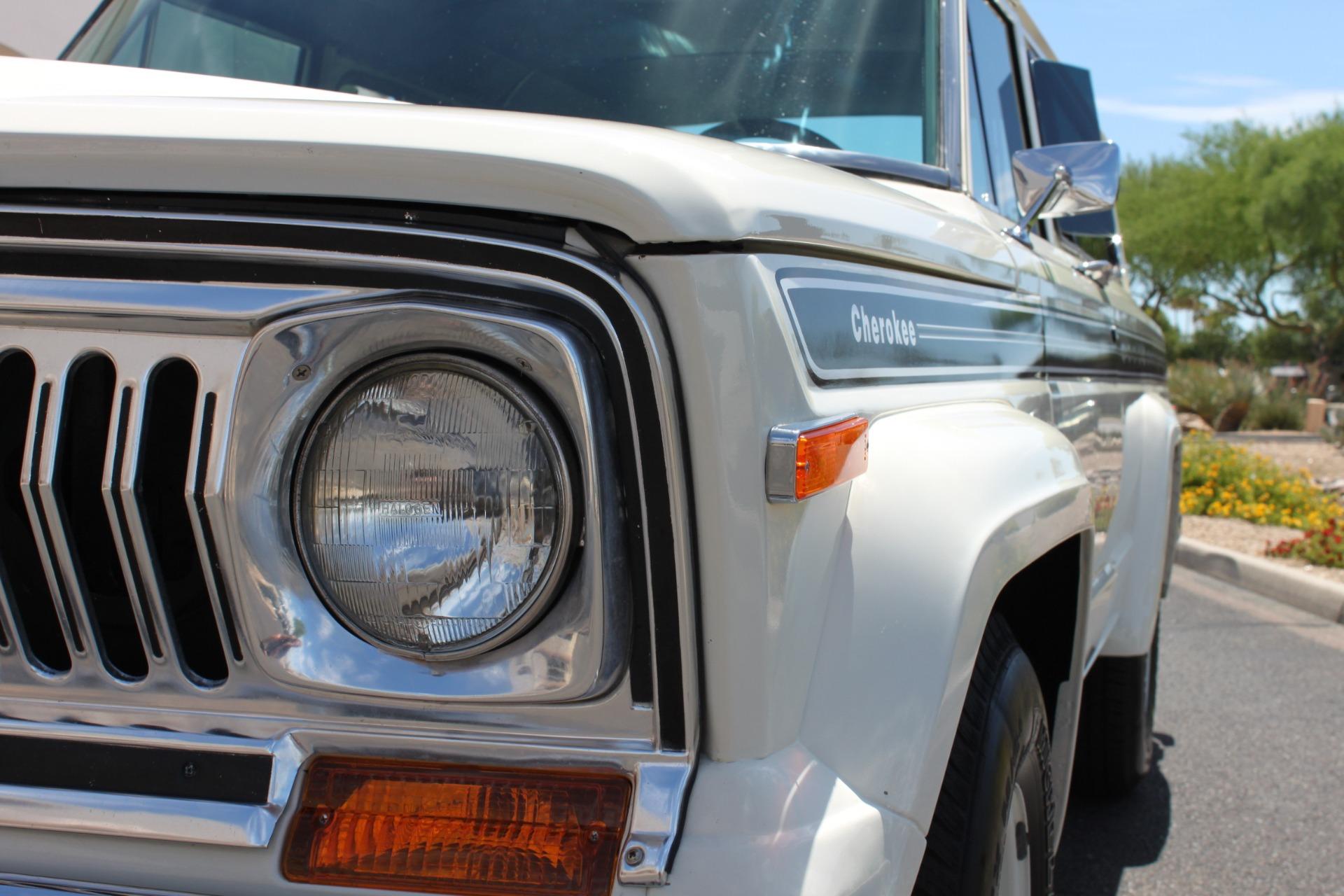 Used-1977-Jeep-Cherokee-S-Widetrack-4X4-401-V8-Camaro
