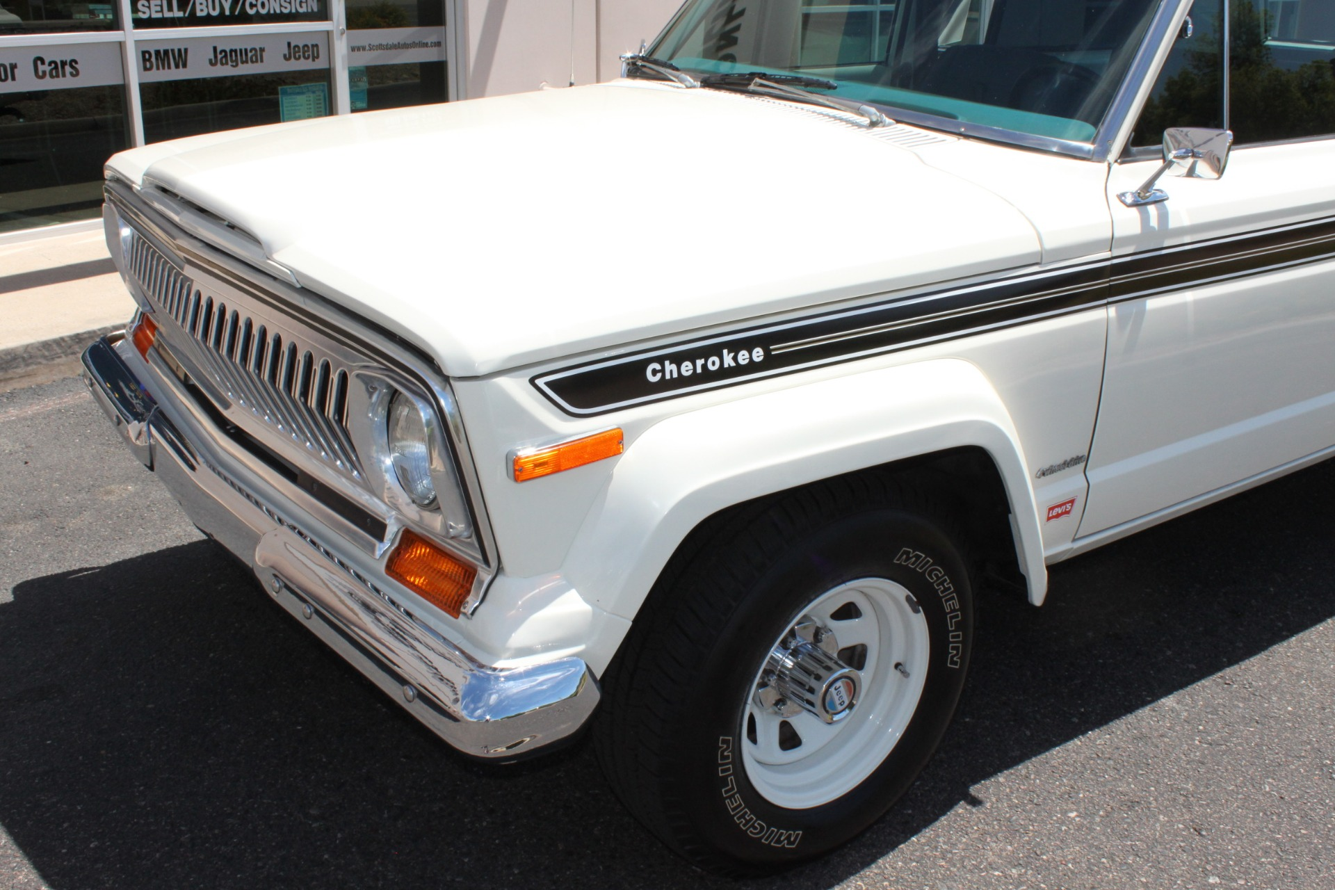 Used-1977-Jeep-Cherokee-S-Widetrack-4X4-401-V8-Toyota