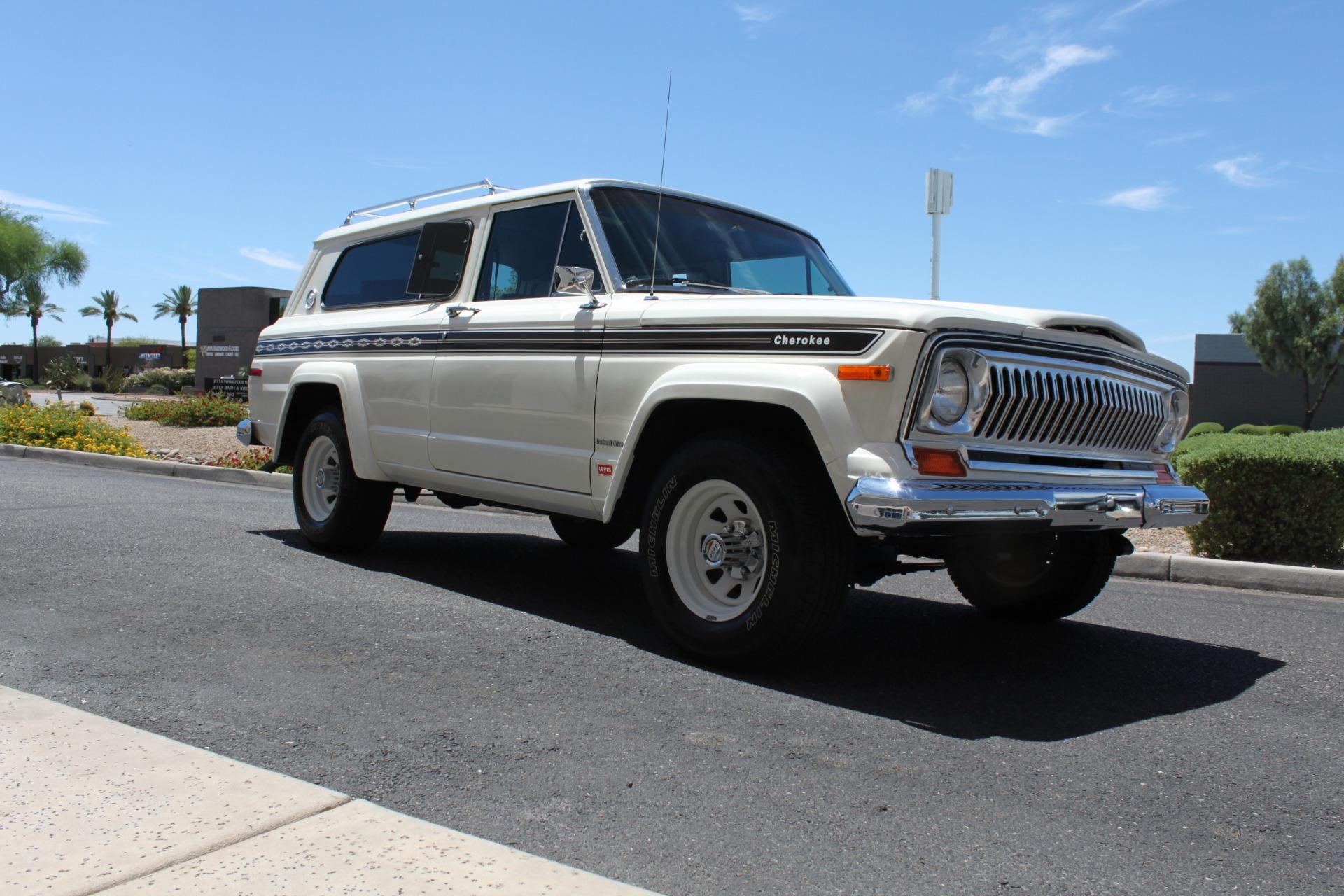 Used-1977-Jeep-Cherokee-S-Widetrack-4X4-401-V8-Jaguar
