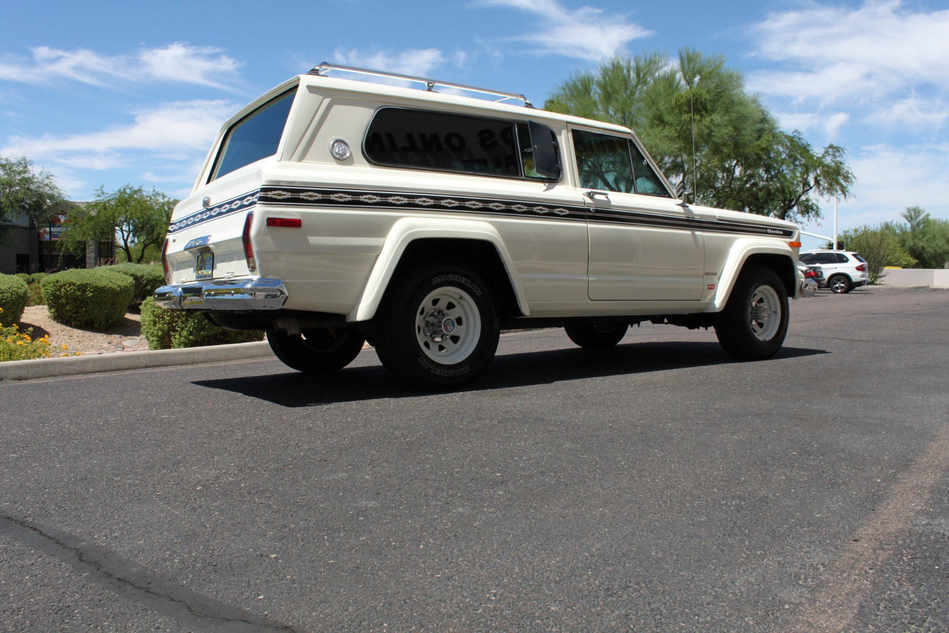 Used-1977-Jeep-Cherokee-S-Widetrack-4X4-401-V8-Lincoln