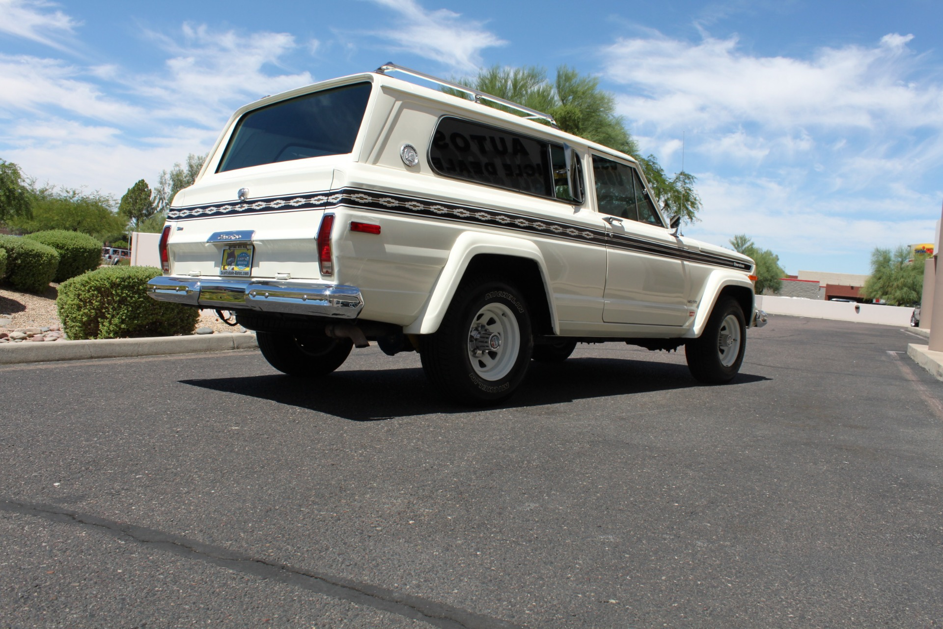 Used-1977-Jeep-Cherokee-S-Widetrack-4X4-401-V8-Land-Rover