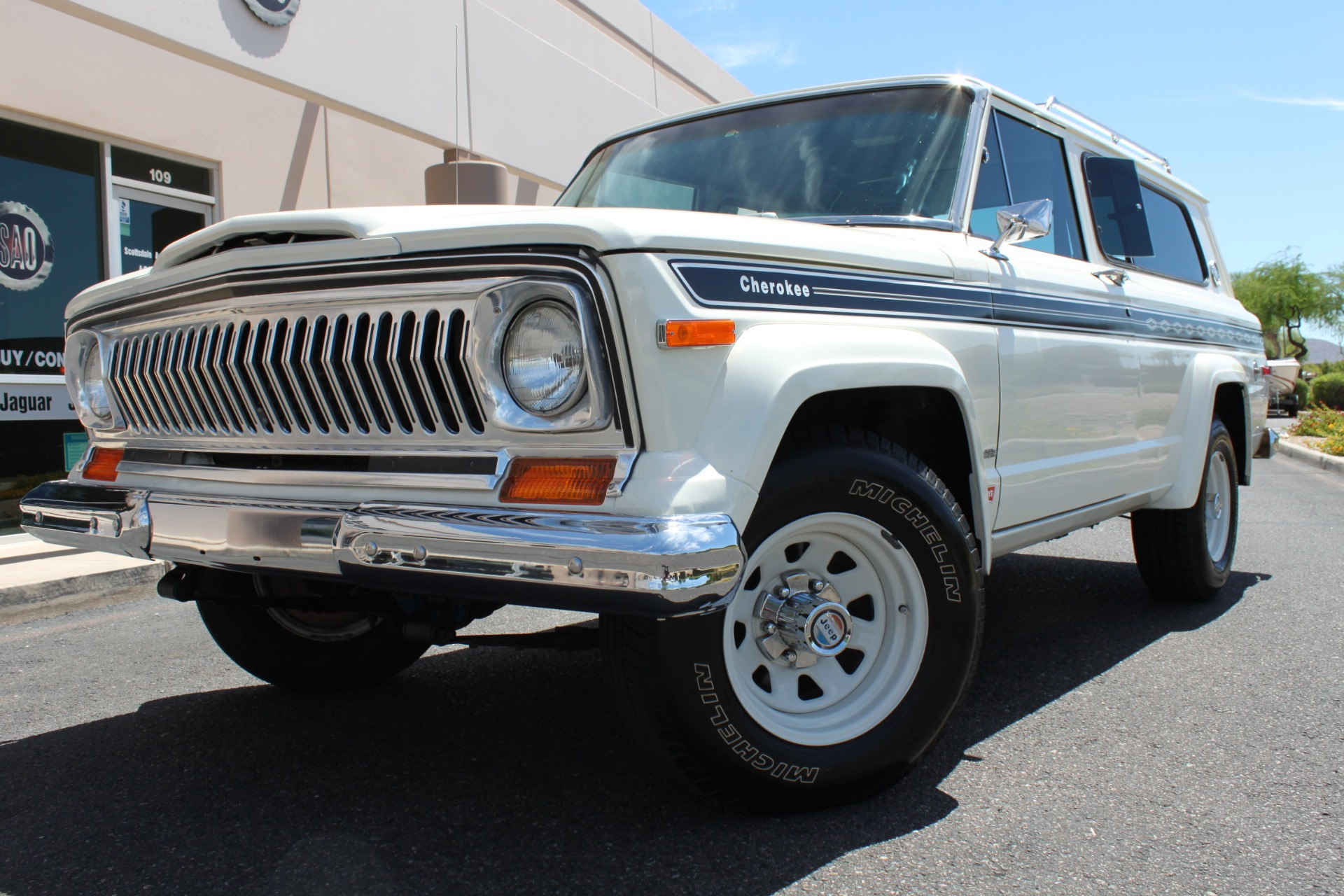 1977 Jeep Cherokee S Widetrack 4X4 401 V8 Stock # P1236 for