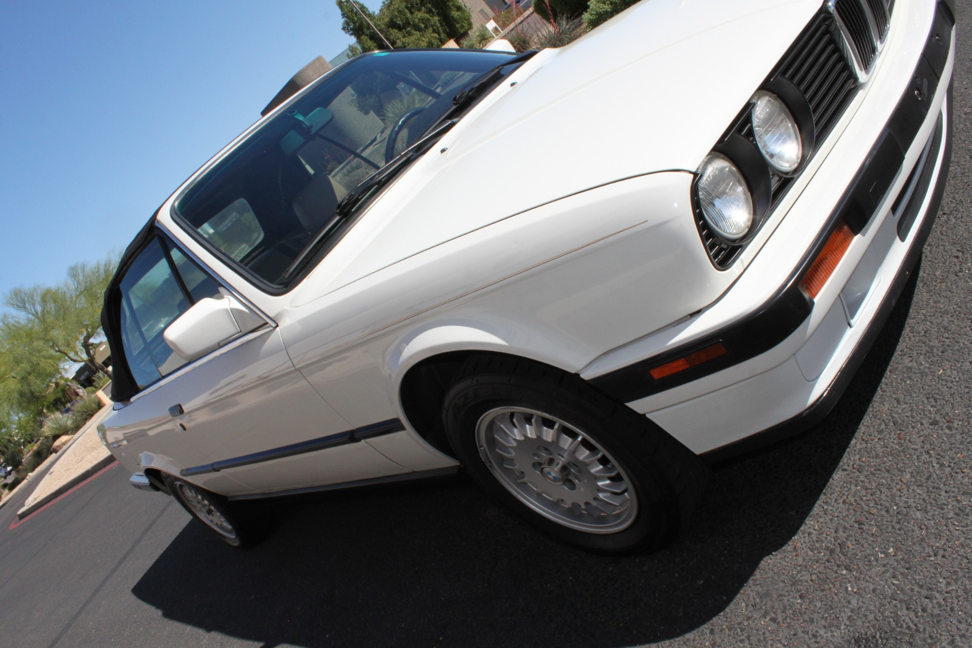 Used-1992-BMW-3-Series-318iC-Convertible-Lexus