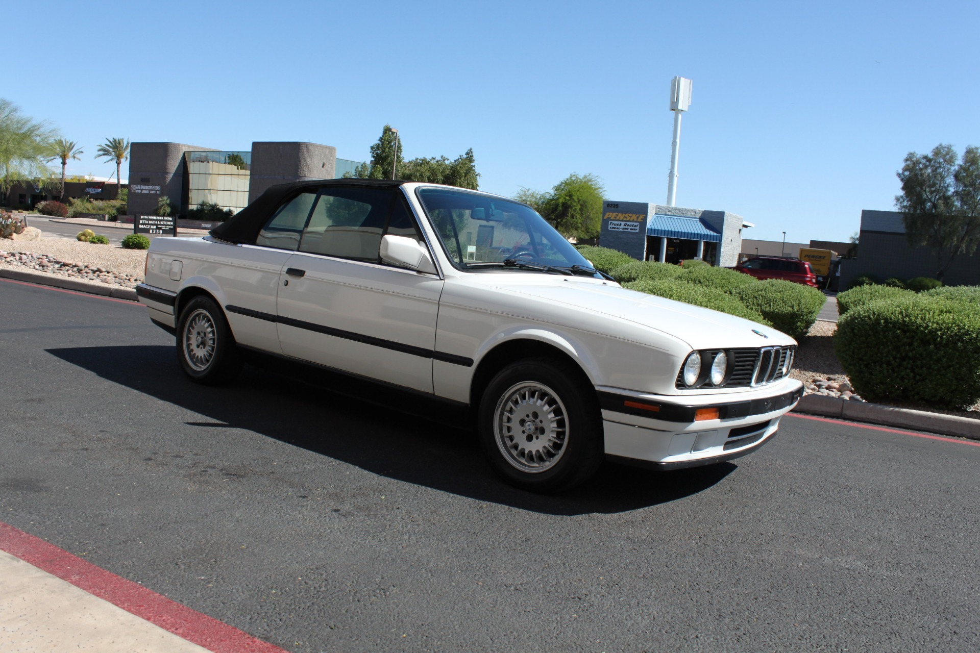Used-1992-BMW-3-Series-318iC-Convertible-Alfa-Romeo