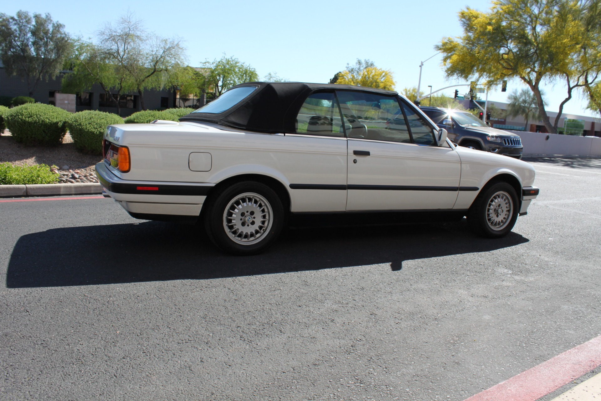 Used-1992-BMW-3-Series-318iC-Convertible-LS430