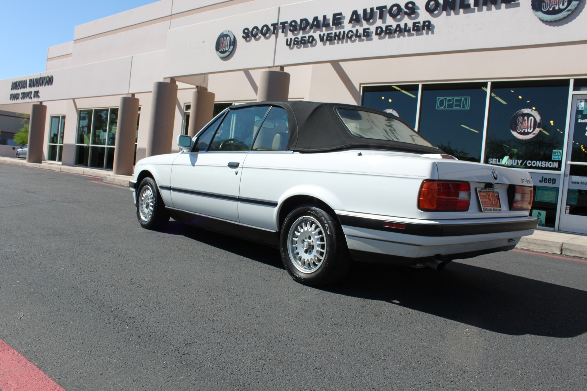 Used-1992-BMW-3-Series-318iC-Convertible-Land-Cruiser