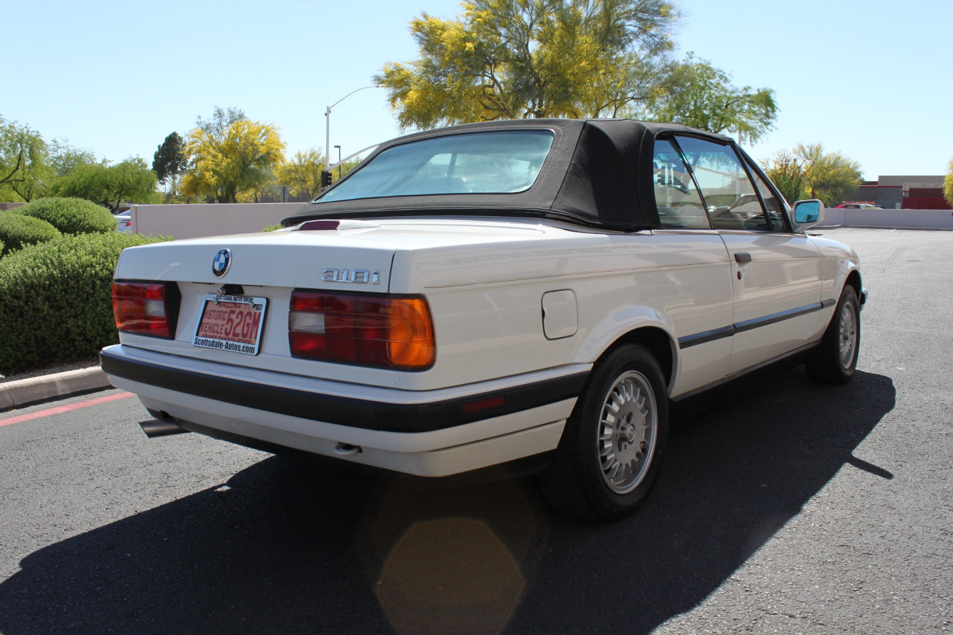 Used-1992-BMW-3-Series-318iC-Convertible-Classic
