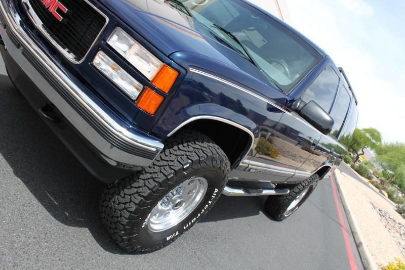 Used-1999-GMC-Yukon-SLE-4X4-Grand-Cherokee
