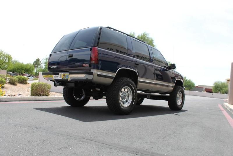 Used-1999-GMC-Yukon-SLE-4X4-Jaguar