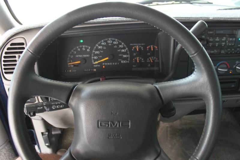 Used-1999-GMC-Yukon-SLE-4X4-Range-Rover