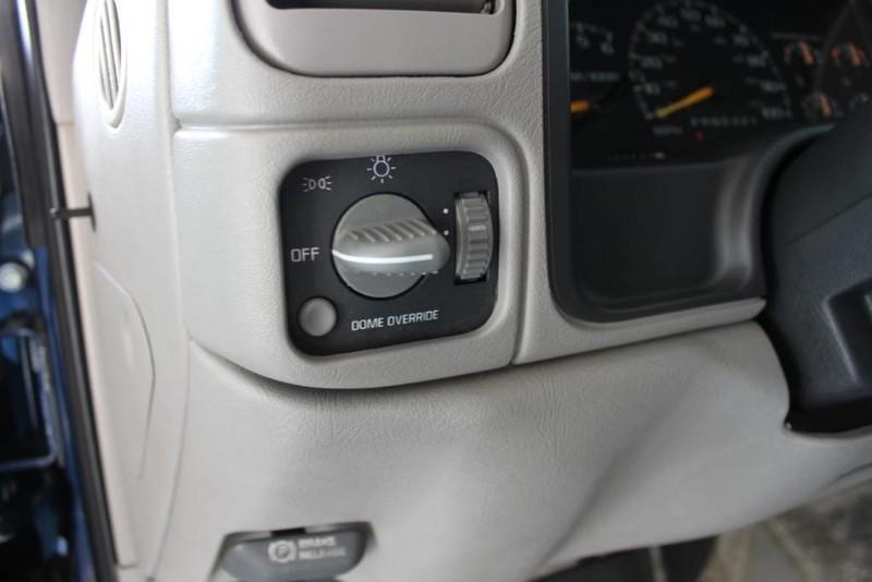 Used-1999-GMC-Yukon-SLE-4X4-Wagoneer