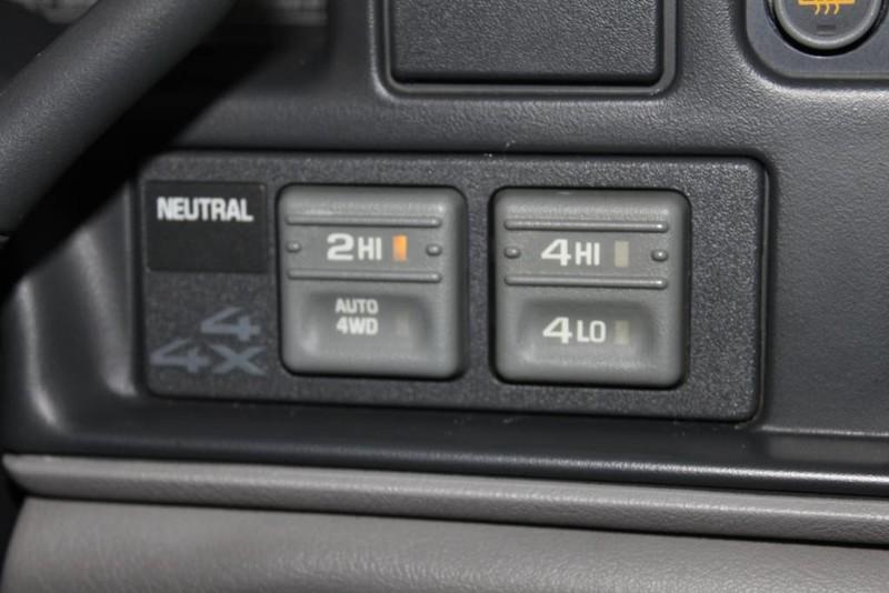Used-1999-GMC-Yukon-SLE-4X4-SLE-Grand-Wagoneer