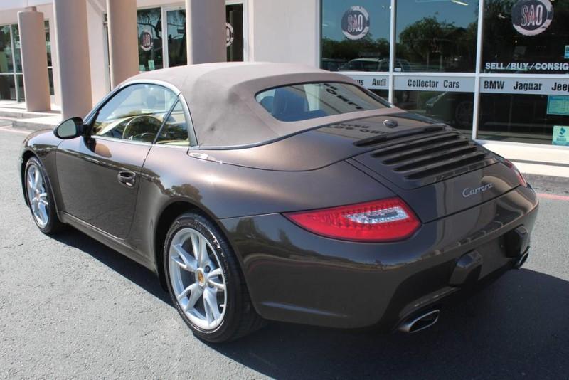 Used-2010-Porsche-911-Carrera-Cherokee