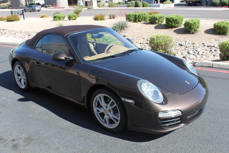 Used-2010-Porsche-911-Carrera-Grand-Cherokee