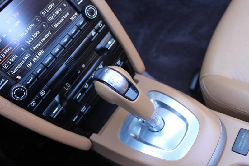 Used-2010-Porsche-911-Carrera-Alfa-Romeo