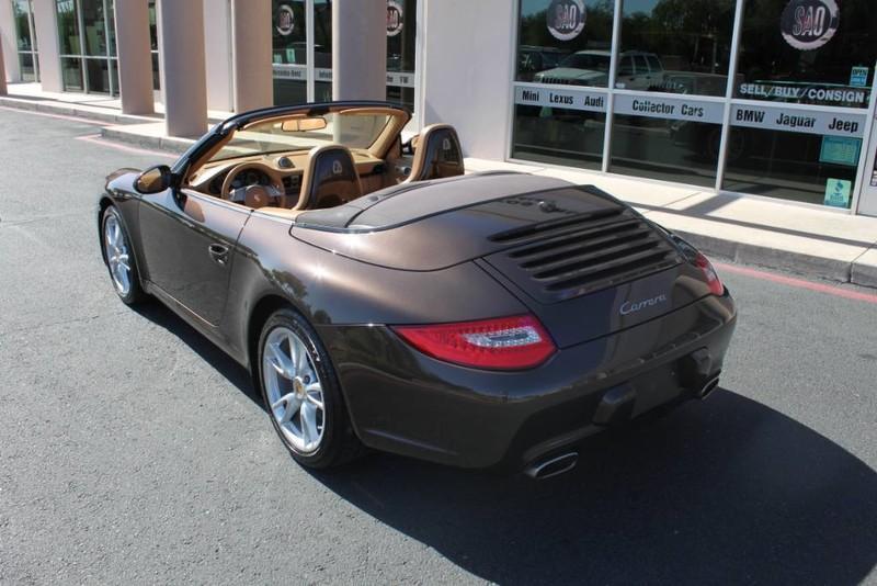 Used-2010-Porsche-911-Carrera-Jeep