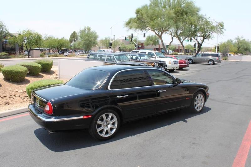 Used-2005-Jaguar-XJ8L-Long-Wheelbase-Lexus