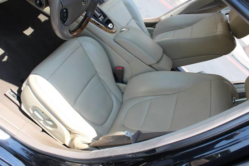 Used-2005-Jaguar-XJ8L-Long-Wheelbase-Chalenger
