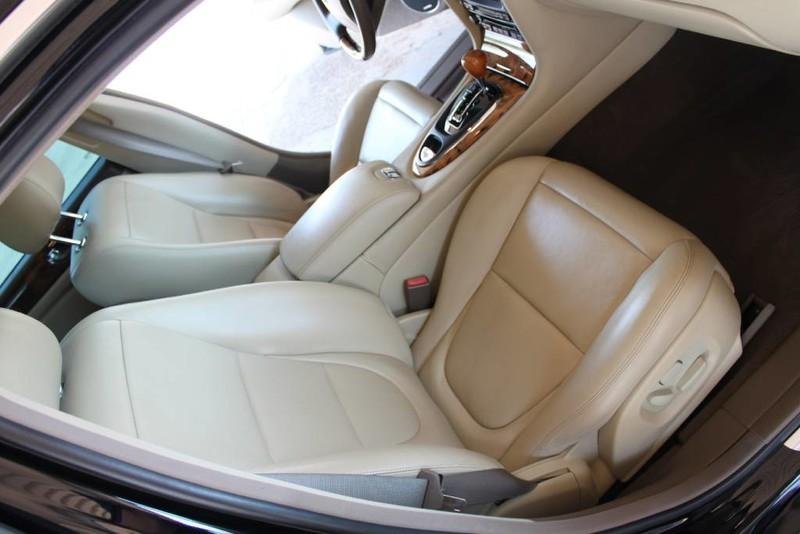 Used-2005-Jaguar-XJ8L-Long-Wheelbase-LS400
