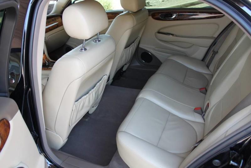 Used-2005-Jaguar-XJ8L-Long-Wheelbase-Used-Mazdas-Gurnee