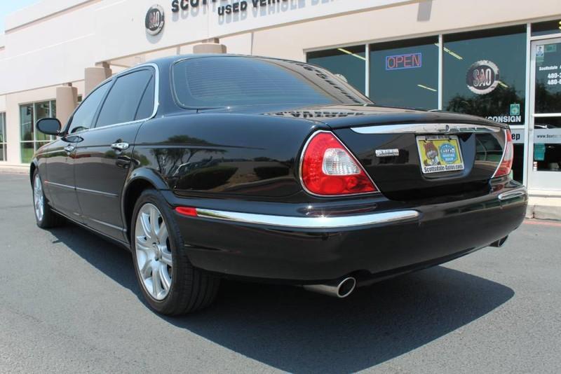 Used-2005-Jaguar-XJ8L-Long-Wheelbase-Audi-Service-Libertyville-IL